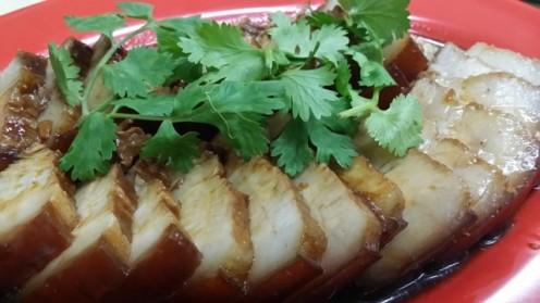 Soy Braised Pork with Galangal Vinegar Dip