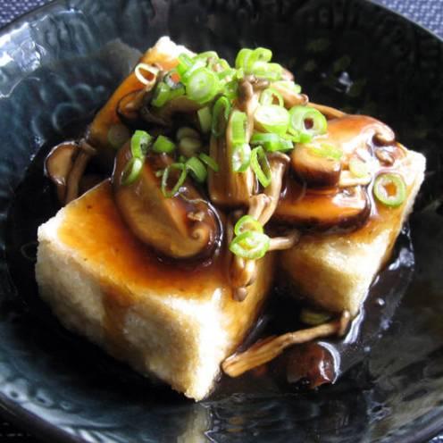 agedashi-tofu-mushroom-sauce